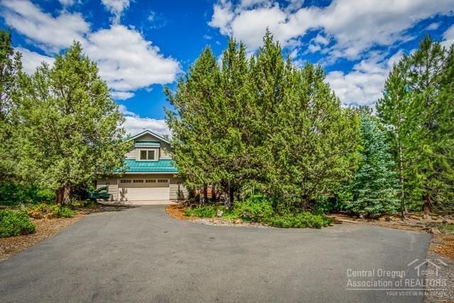 60182 Vancouver Lane, Bend, OR 97702 (MLS #201906211) :: Fred Real Estate Group of Central Oregon