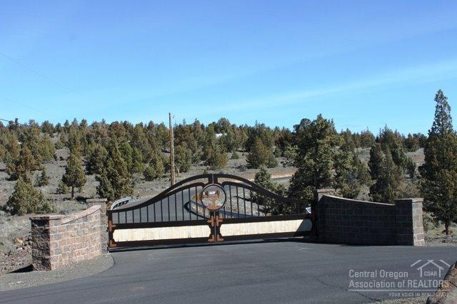 0 SE Rowan Court Lot 2, Prineville, OR 97754 (MLS #201906470) :: Central Oregon Home Pros