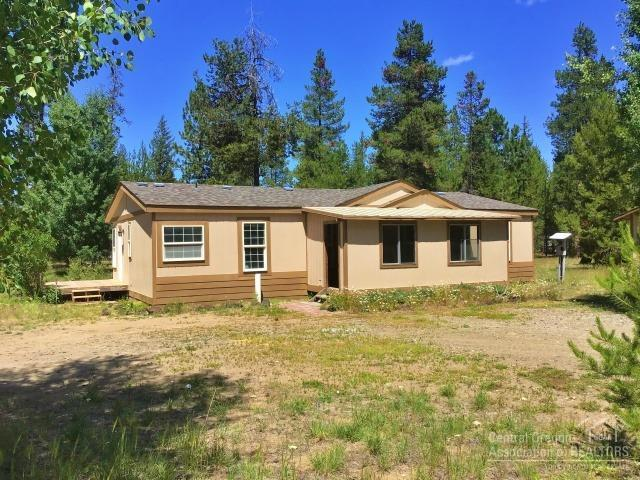 52659 Ranch Drive, La Pine, OR 97739 (MLS #201906759) :: Fred Real Estate Group of Central Oregon