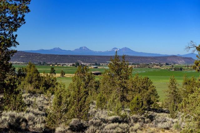 0 NE Mckay Road Tl300, Prineville, OR 97754 (MLS #201906953) :: Fred Real Estate Group of Central Oregon