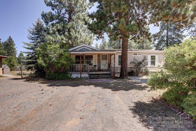 19720 Baker Road, Bend, OR 97702 (MLS #201907606) :: Berkshire Hathaway HomeServices Northwest Real Estate