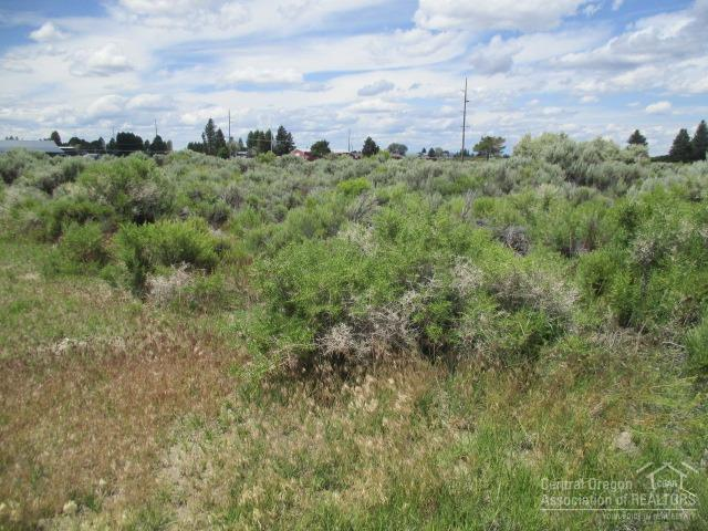 101 (27S17e15a000101)Old Lake Road Tl, Christmas Valley, OR 97641 (MLS #201907760) :: The Ladd Group