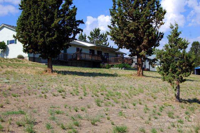 6543 SE Night Hawk Drive, Prineville, OR 97754 (MLS #201908498) :: Fred Real Estate Group of Central Oregon