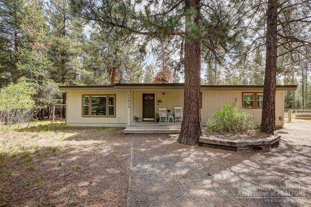 51914 Dorrance Meadow Road, La Pine, OR 97739 (MLS #201908834) :: Berkshire Hathaway HomeServices Northwest Real Estate