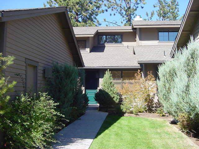 60523 SW Seventh Mountain  #U8 Drive #19, Bend, OR 97702 (MLS #201909712) :: Berkshire Hathaway HomeServices Northwest Real Estate