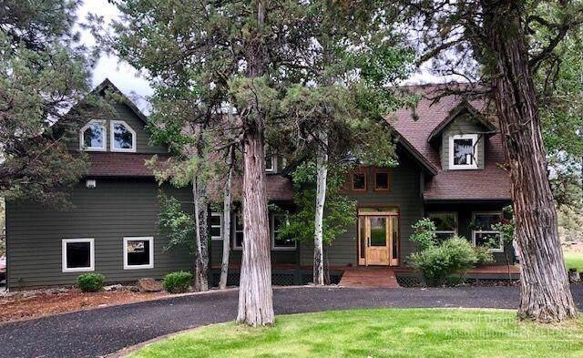 16035 Fox Ridge Circle, Sisters, OR 97759 (MLS #201910203) :: Bend Homes Now