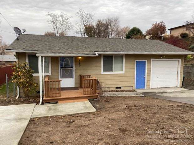 720 SE 9th Street, Pendleton, OR 97801 (MLS #201910347) :: Windermere Central Oregon Real Estate