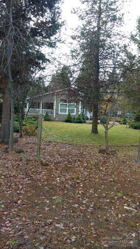 La Pine, OR 97739 :: Berkshire Hathaway HomeServices Northwest Real Estate