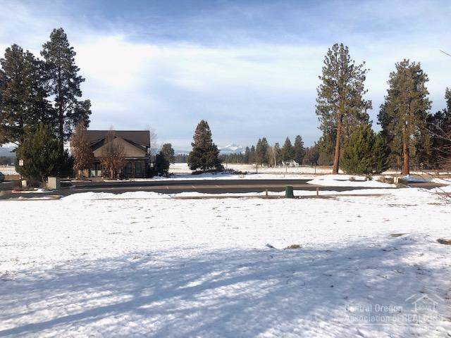 708 W View Loop Lot 1, Sisters, OR 97759 (MLS #201910993) :: Berkshire Hathaway HomeServices Northwest Real Estate