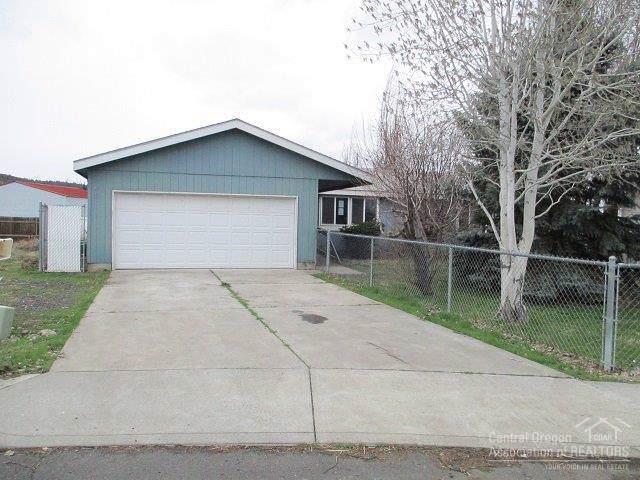 1025 NW Teal Loop, Prineville, OR 97754 (MLS #202000207) :: Premiere Property Group, LLC