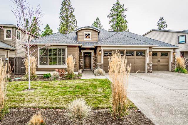 60354 Hedgewood Lane, Bend, OR 97702 (MLS #202000481) :: The Ladd Group