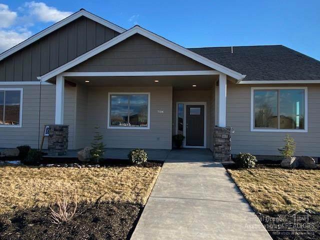 708 NE Union Loop, Prineville, OR 97754 (MLS #202002456) :: Bend Homes Now