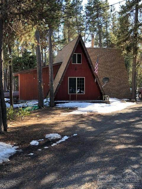 18806 Earl Lane, Crescent Lake, OR 97733 (MLS #202002546) :: Berkshire Hathaway HomeServices Northwest Real Estate