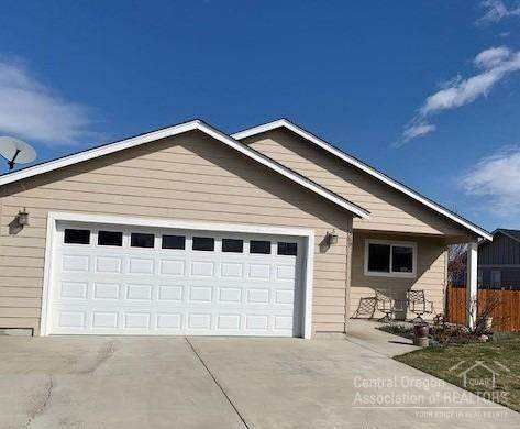 589 A Street, Culver, OR 97734 (MLS #202002550) :: Berkshire Hathaway HomeServices Northwest Real Estate
