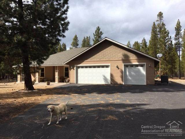 15690 Sparks Drive, La Pine, OR 97739 (MLS #202002592) :: Team Birtola | High Desert Realty