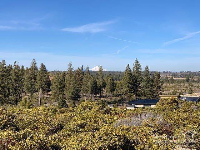 19187 Gateway Loop, Bend, OR 97702 (MLS #202002669) :: Berkshire Hathaway HomeServices Northwest Real Estate