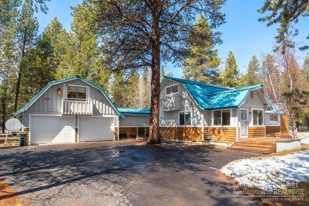 17412 Darin Lane, Bend, OR 97707 (MLS #202002808) :: Berkshire Hathaway HomeServices Northwest Real Estate