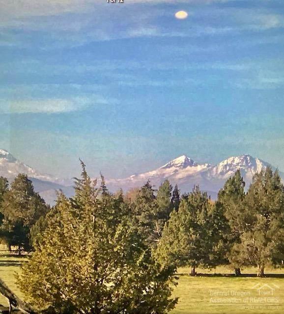 2525 NE Negus Way, Redmond, OR 97756 (MLS #202002860) :: Team Birtola | High Desert Realty