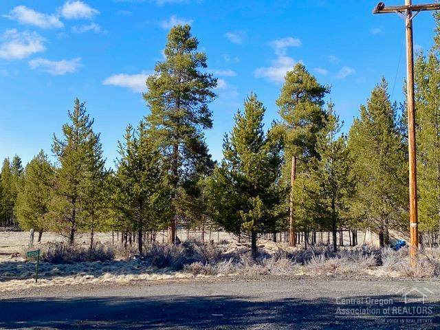 0 Lot#500 Corral Court, La Pine, OR 97739 (MLS #202003027) :: Fred Real Estate Group of Central Oregon