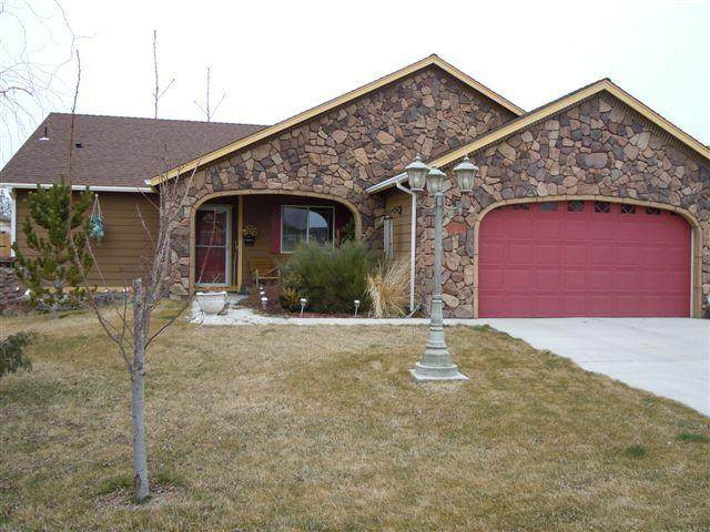 725 Quince Place - Photo 1