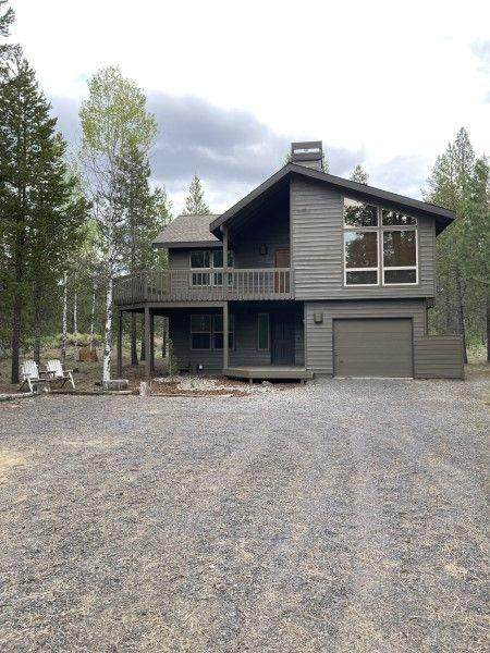 2 Towhee Lane, Sunriver, OR 97707 (MLS #220102082) :: Fred Real Estate Group of Central Oregon