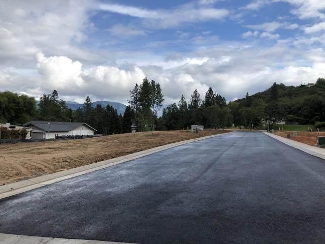 1787 Daffodil Lane, Grants Pass, OR 97526 (MLS #220102392) :: Stellar Realty Northwest