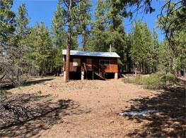 31265 Meadow Lark Drive, Bonanza, OR 97623 (MLS #220102444) :: Bend Relo at Fred Real Estate Group
