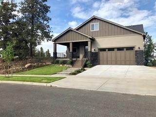 63138 Pikes Court, Bend, OR 97701 (MLS #220103871) :: The Ladd Group
