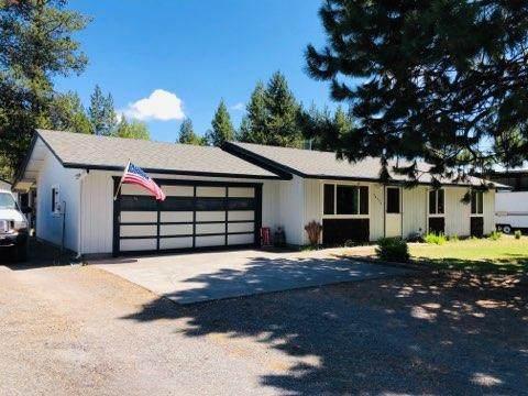 52556 Deerfield Drive, La Pine, OR 97739 (MLS #220104522) :: The Ladd Group