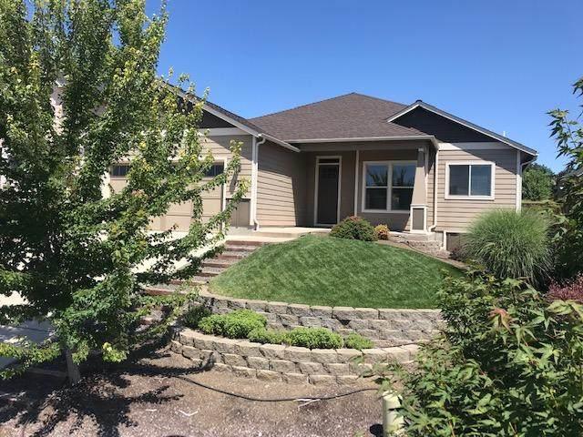 4331 Vineyard Terrace, Medford, OR 97504 (MLS #220104523) :: Windermere Central Oregon Real Estate