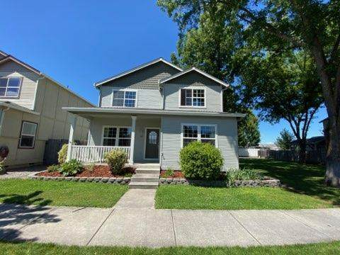 367 Brookhaven Drive, Central Point, OR 97502 (MLS #220104674) :: FORD REAL ESTATE