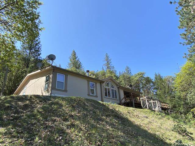 661 Keen Road, Grants Pass, OR 97527 (MLS #220106247) :: The Ladd Group