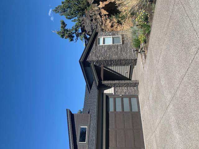 3034 NW Canyon Springs Place, Bend, OR 97703 (MLS #220106551) :: Berkshire Hathaway HomeServices Northwest Real Estate
