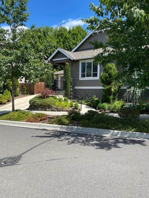 966 Stoneridge Avenue, Ashland, OR 97520 (MLS #220106740) :: FORD REAL ESTATE