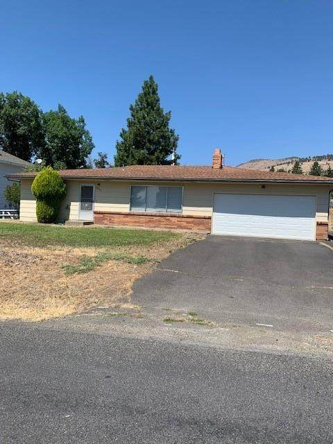 6603 Climax Avenue, Klamath Falls, OR 97603 (MLS #220107182) :: Bend Relo at Fred Real Estate Group