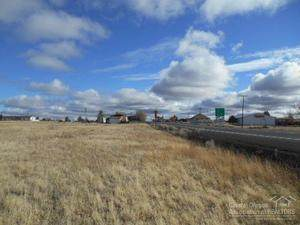 0-Lot 7, 8, 9 E Highway 97, Shaniko, OR 97057 (MLS #220108846) :: The Ladd Group