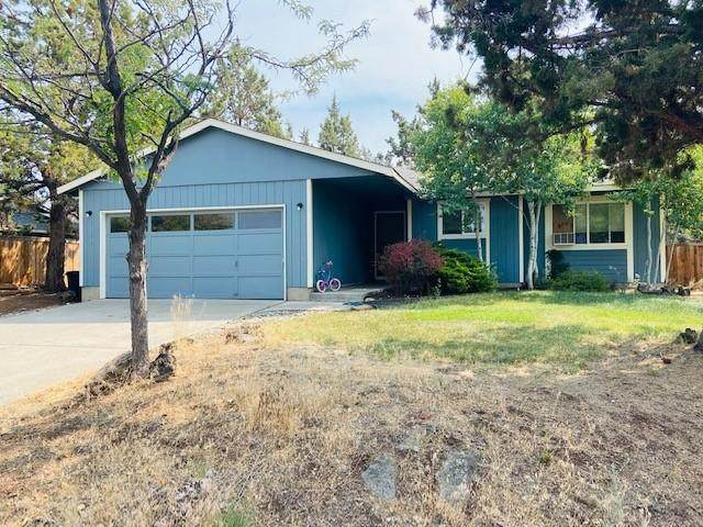 2131 NE Wells Acres Road, Bend, OR 97701 (MLS #220108912) :: Coldwell Banker Bain