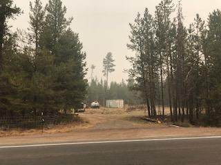 16036 Amber Lane, La Pine, OR 97739 (MLS #220109522) :: Fred Real Estate Group of Central Oregon
