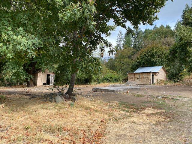 23935 Redwood Highway, Kerby, OR 97531 (MLS #220109762) :: Coldwell Banker Bain