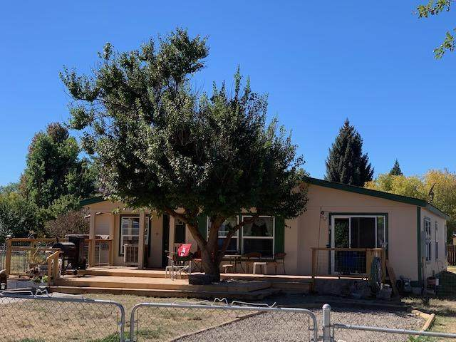 4258 Arthur Street, Klamath Falls, OR 97603 (MLS #220109835) :: The Payson Group