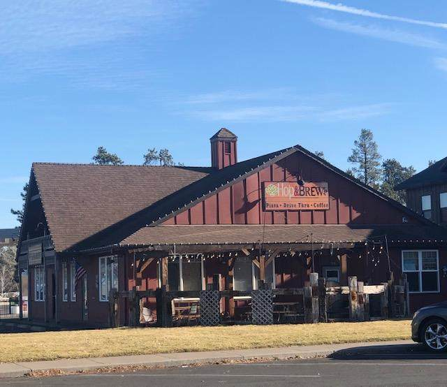 503 E Highway 20, Sisters, OR 97759 (MLS #220112976) :: The Payson Group