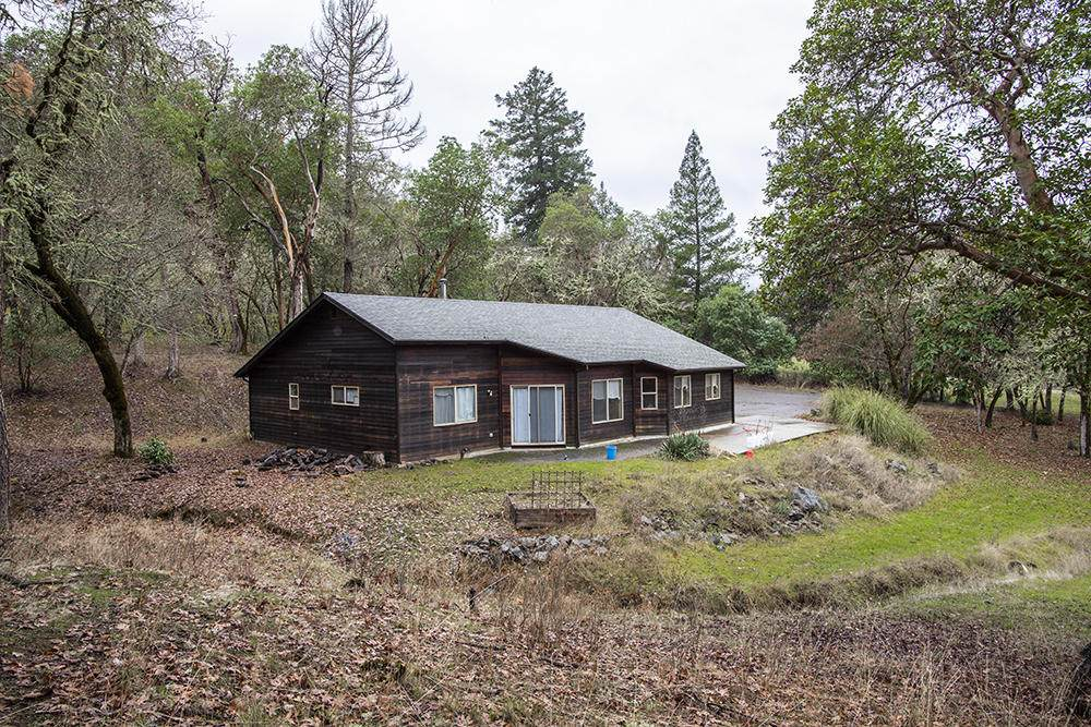 7081 Rogue River Highway - Photo 1