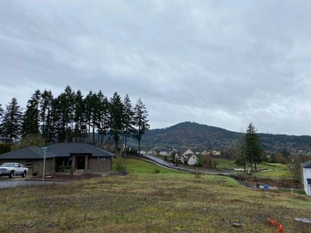 701 Slazenger Court, Sutherlin, OR 97479 (MLS #220114480) :: Coldwell Banker Sun Country Realty, Inc.