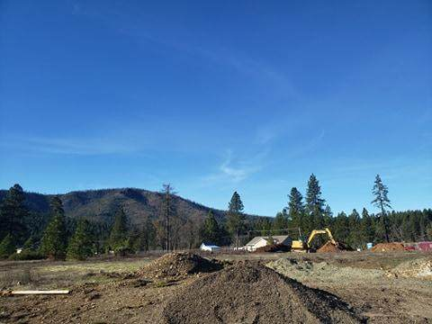 147 Cabernet Circle, Cave Junction, OR 97523 (MLS #220115259) :: Premiere Property Group, LLC