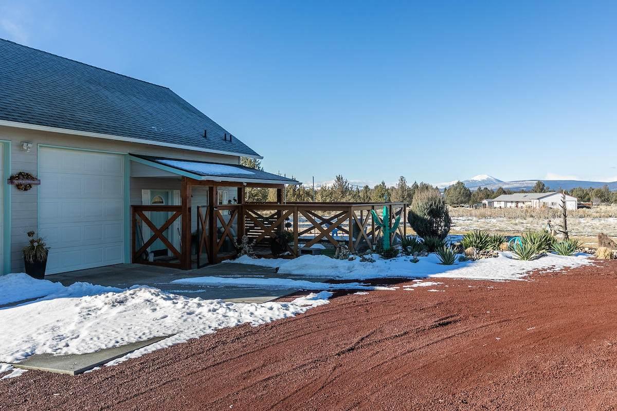 11546 Peninsula Drive - Photo 1