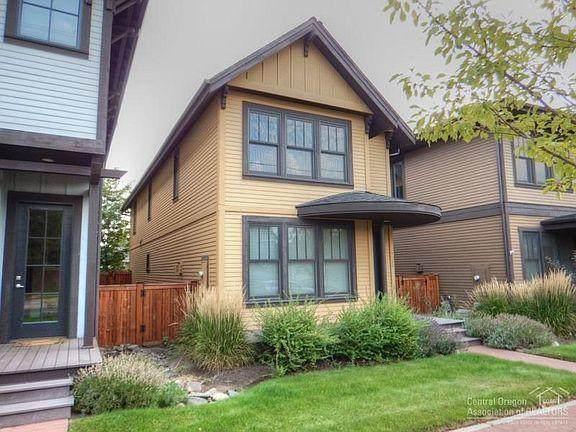 1716 NW Harriman Street, Bend, OR 97703 (MLS #220117344) :: Bend Homes Now