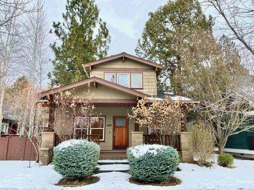 1422 NW John Fremont Street, Bend, OR 97703 (MLS #220117529) :: The Riley Group