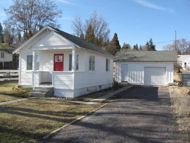 965 N Alameda Avenue, Klamath Falls, OR 97601 (MLS #220117705) :: Coldwell Banker Sun Country Realty, Inc.