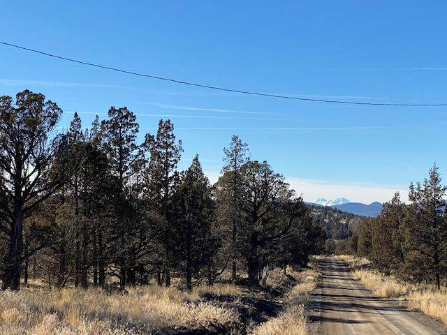 14067 SE Sharps Road, Prineville, OR 97754 (MLS #220117774) :: Team Birtola | High Desert Realty