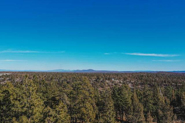 Lot 5 Vista View Loop, Sisters, OR 97759 (MLS #220118890) :: Bend Relo at Fred Real Estate Group